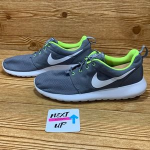 Nike Roshe One Sneakers Wolf Grey Volt size 11